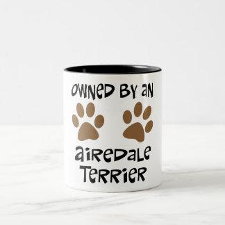 Poseído por Airedale Terrier Tazas De Café