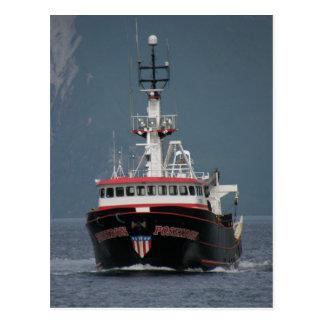 Poseidon, pescando el barco rastreador en puerto postales
