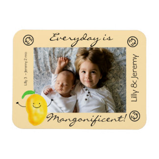 Positive Mango Pun - Everyday is Mangonificent Magnet