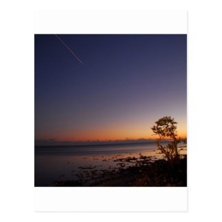 Posluminiscencia del tiroteo del cielo tarjeta postal