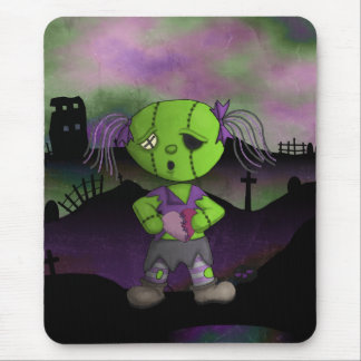 Post Apocolyptic Zombie Dollie Heart Valentine Mouse Pad