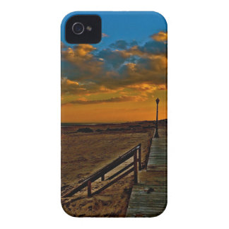 POST SANDY BOARDWALK IN OCEAN GROVE, NEW JERSEY iPhone 4 CASE