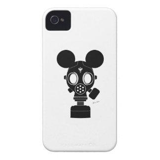 Post World Zuno : Gas Mask 01 iPhone 4 Case-Mate Case