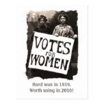 Postal 2016 del voto de la vintage mujer