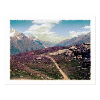 Postal alpina de la opinión del estilo del vintage
