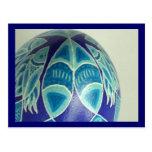 Postal azul de Pysanka de los pescados