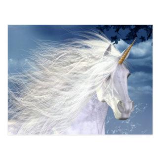 Postal blanca de la belleza del unicornio