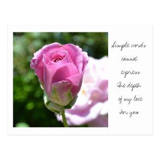 Postal color de rosa romántica del brote