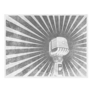 Postal con el micrófono fresco del vintage