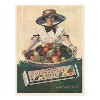 Postal con la señora de la fruta de California del