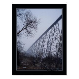 Postal de alto nivel del puente