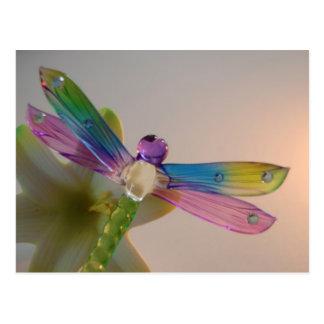 Postal de cristal de la libélula