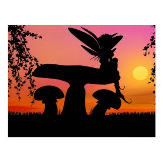 postal de hadas de la puesta del sol