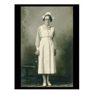 Postal de la enfermera del vintage