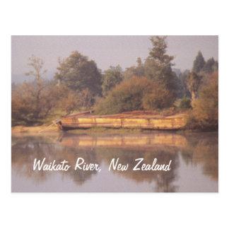 Postal de la gabarra del río