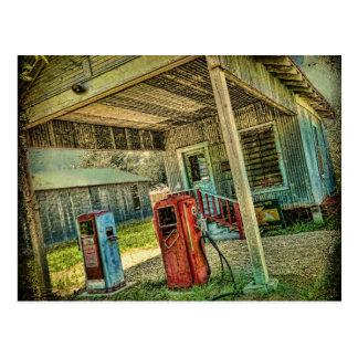 Postal de la gasolinera del vintage