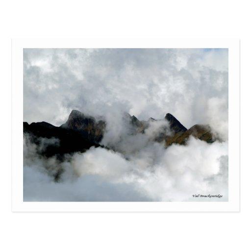"""Postal de la """"montaña ocultada"""""""