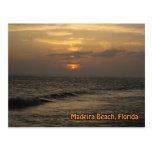 Postal de la puesta del sol de Madeira