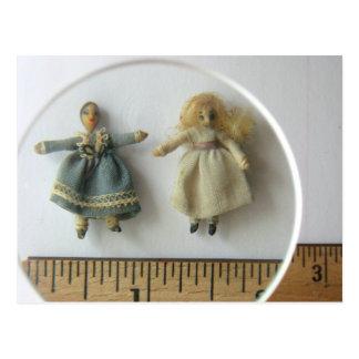 Postal de las muñecas del parque de Irma -