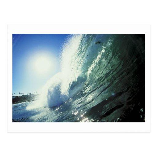 Postal de las olas oceánicas