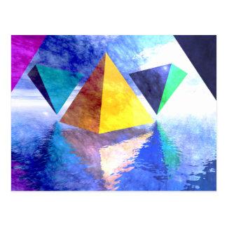 Postal de las pirámides y de los triángulos