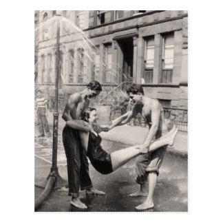 Postal de los bañadores del vintage - 1766898-4