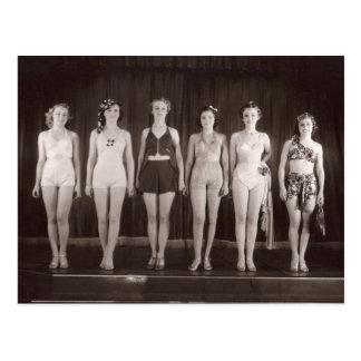Postal de los bañadores del vintage - 1780019.jpg