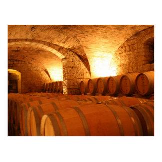 Postal de los barriles de vino