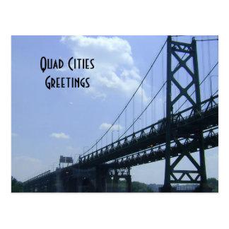 Postal de los saludos de las ciudades del patio