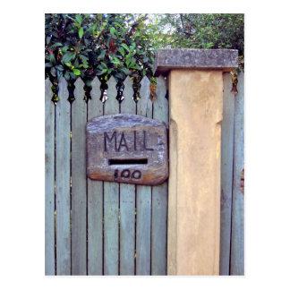 Postal de madera tallada del número de ranura del