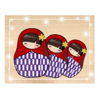 Postal de Matryoshka del estilo japonés