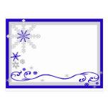 Postal de plata azul de los copos de nieve del paí