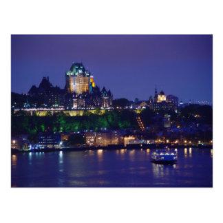Postal de Quebec de la noche del castillo de Front