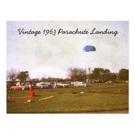 Postal del aterrizaje del paracaídas del vintage