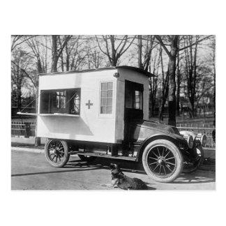 Postal del camión de la cantina de la Cruz Roja de