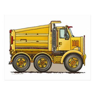 Postal del camión volquete de la carretera
