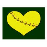 Postal del corazón del softball de Fastpitch