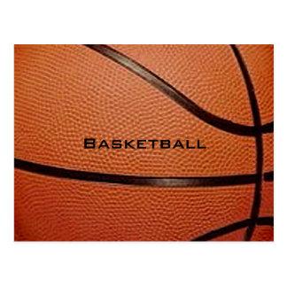 Postal del diseño del baloncesto con la parte