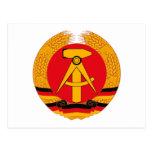 Postal del escudo de armas de la Alemania Oriental