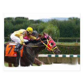 Postal del final de la carrera de caballos