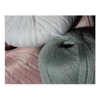 Postal del hilo para obras de punto de las lanas