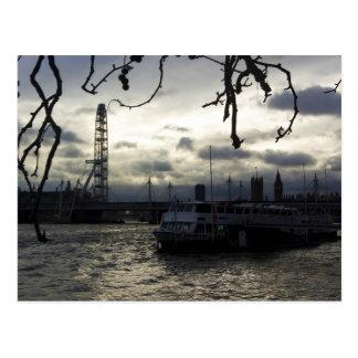 Postal del horizonte de Londres