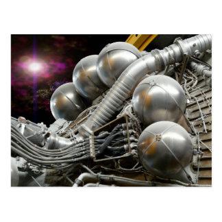 Postal del motor espacial de Saturn V