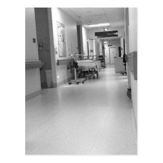 Postal del pasillo del hospital