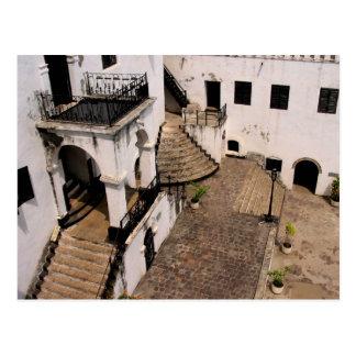 postal del patio del castillo del elmina