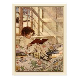 Postal del vintage con la lectura dulce del chica