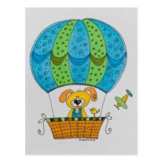 Postal dibujada mano - perro en el globo del aire
