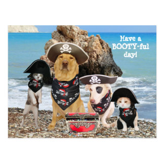 Postal divertida del día del pirata del mascota