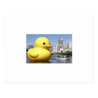 postal ducky de goma gigante