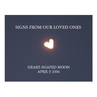 Postal en forma de corazón de la luna